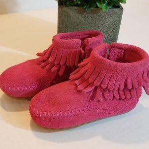 Minnetonka Shoes - Toddler Pink Mocs